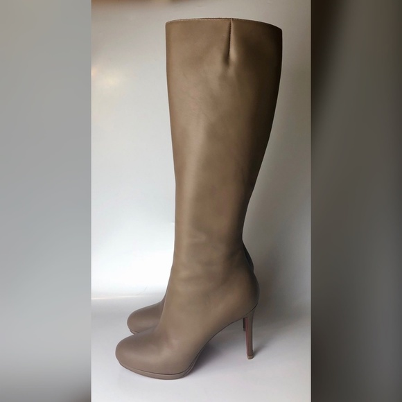 low priced a1d64 5e3a6 Christian Louboutin Botalili Beige Taupe Boot 40.5